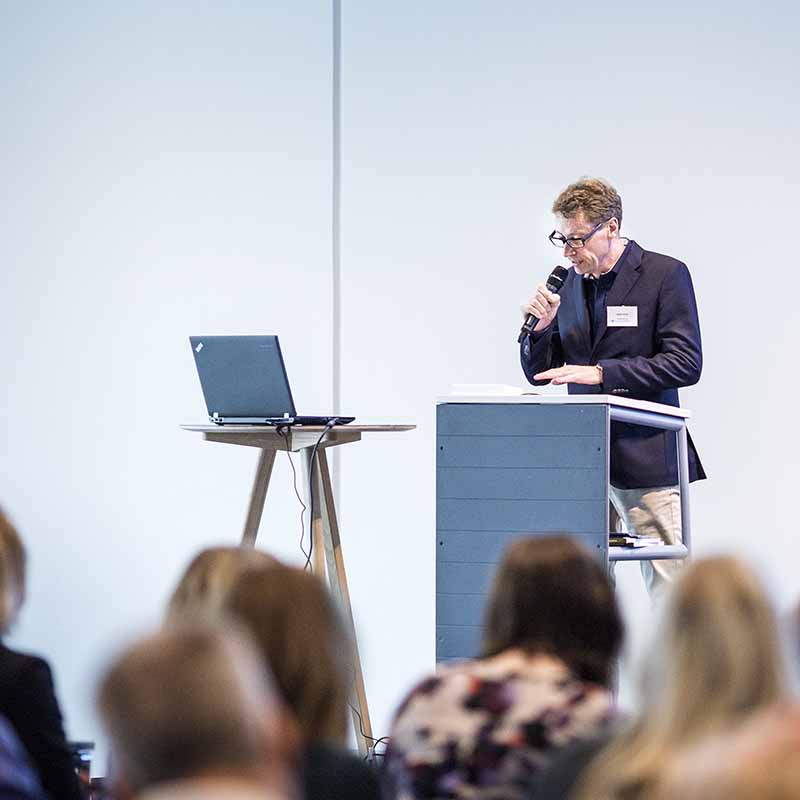 tale ved event