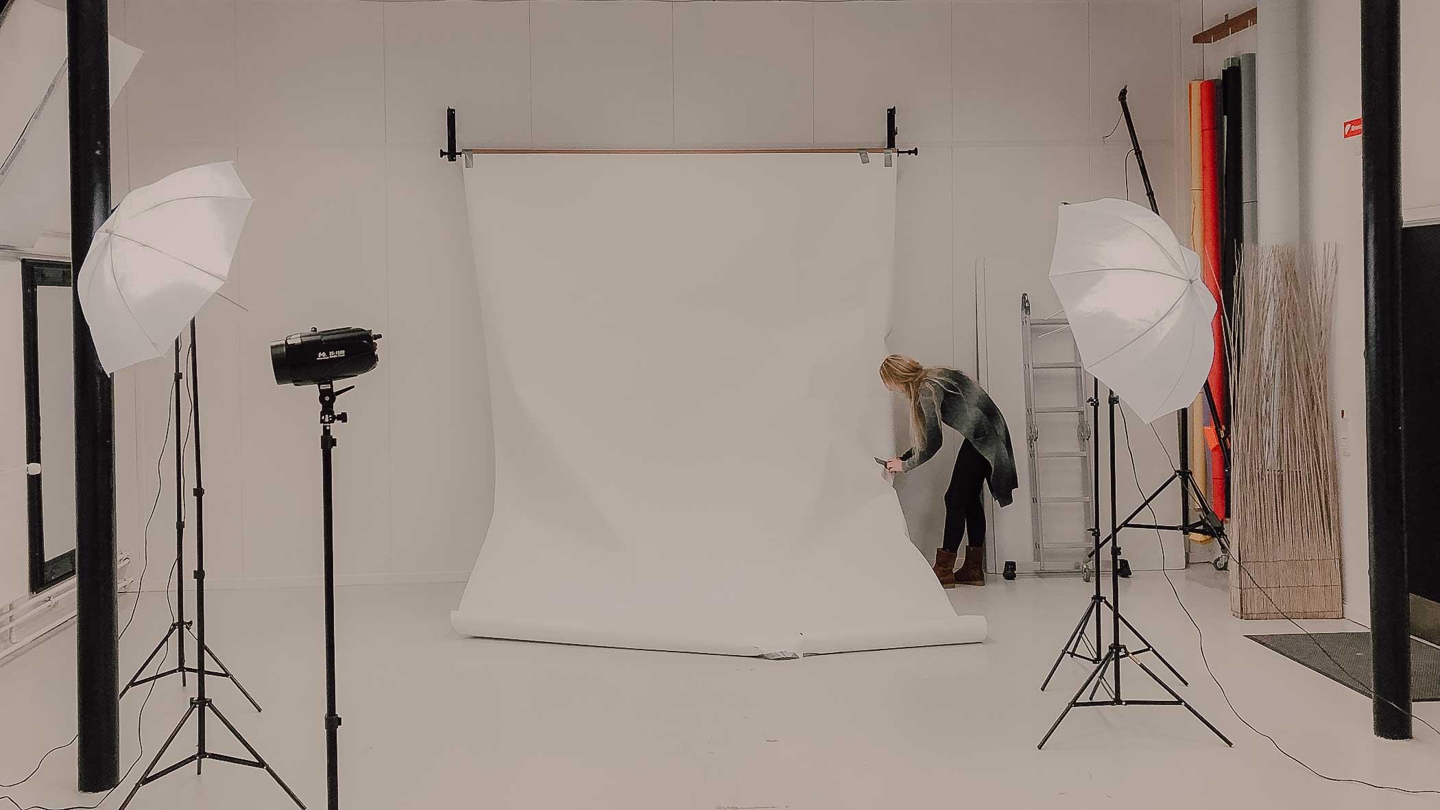 Ved portrætfotografering, når man ikke lige har et studio at arbejde i...